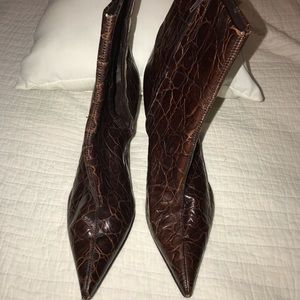 Lightly worn Nine West leather midi boots